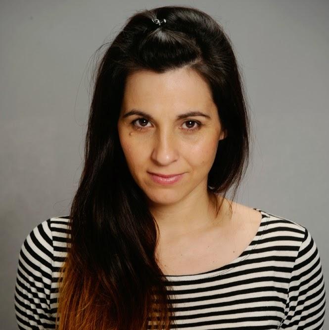Mariana Cumbi Bustinza actriz, dramaturga, directora